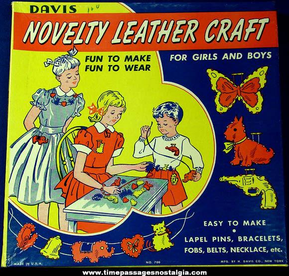 Old Boxed Davis Novelty Leather Craft Kit