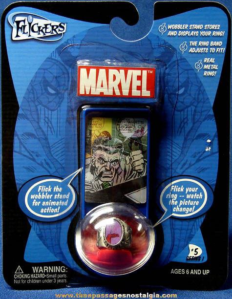 Unopened ©2004 Marvel Comics Spiderman Metal Flicker Toy Ring #5