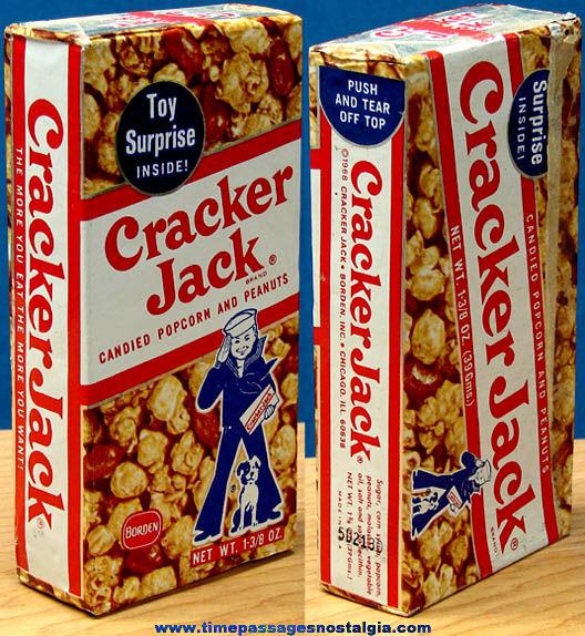 Unopened ©1968 Cracker Jack Pop Corn Confection Box