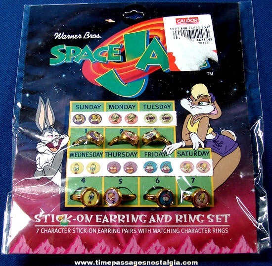 Unopened ©1996 Warner Brothers Space Jam Cartoon Character Toy Rings & Earrings Set