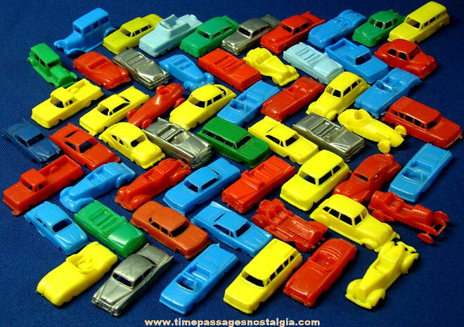 56 Small Colorful Old Mpc Plastic Toy Cars Tpnc