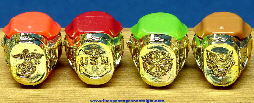 (4) Old Unused United States Military Insignia Gum Ball Machine Prize Toy Rings