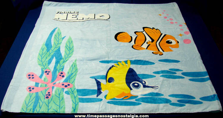 Unused 2003 Frito Lay Finding Nemo Promotion Contest Prize Beach Towel & Pillow