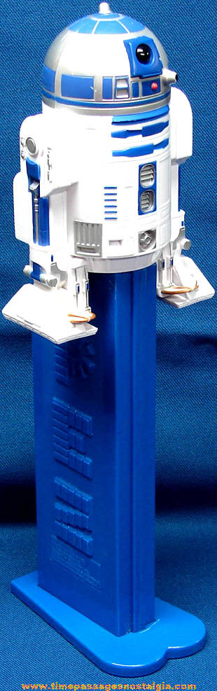 �2005 Giant Star Wars R2-D2 Character PEZ Candy Dispenser
