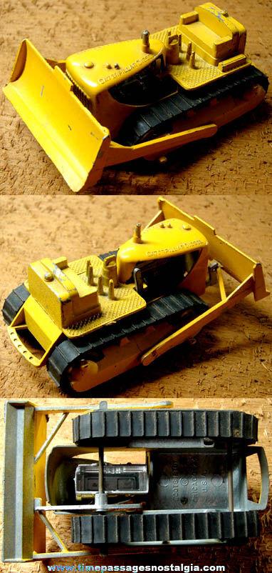 Old Tootsietoy Caterpillar Diesel Diecast Toy Bulldozer