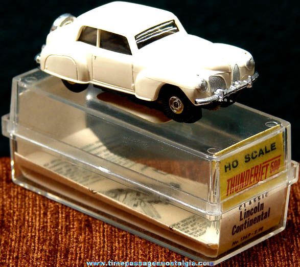 Boxed 1960s White Lincoln Continental Aurora Slot Car