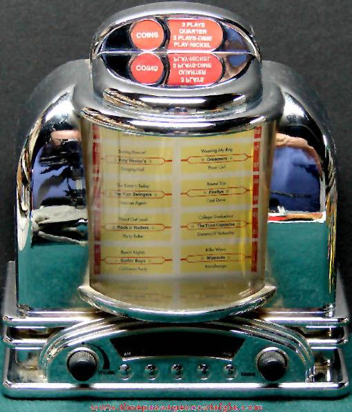 Battery Operated Table Top Juke Box AM FM Radio