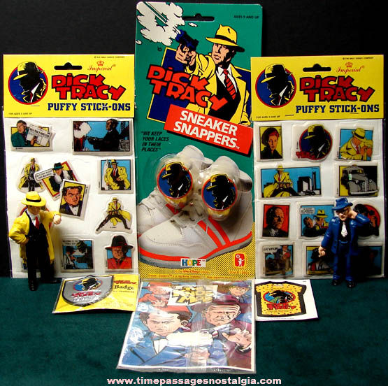 (8) Old Dick Tracy Character Movie Advertising Items