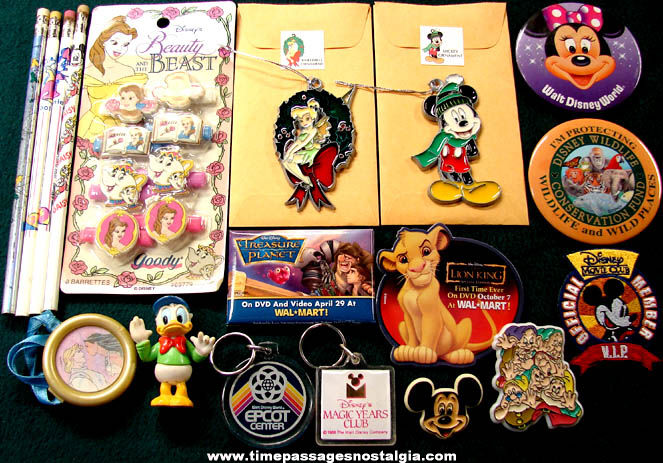 (25) Small Old Walt Disney Cartoon Character Items
