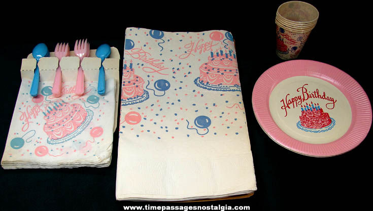 Colorful ©1959 Paper & Plastic Fun Time Birthday Party Pak