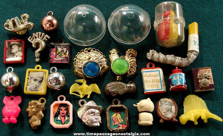 (25) Mixed Old Gum Ball Machine Prize Toys & Charms