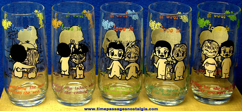 (5) Different Kim Love Is... Comic Character Drink Glasses