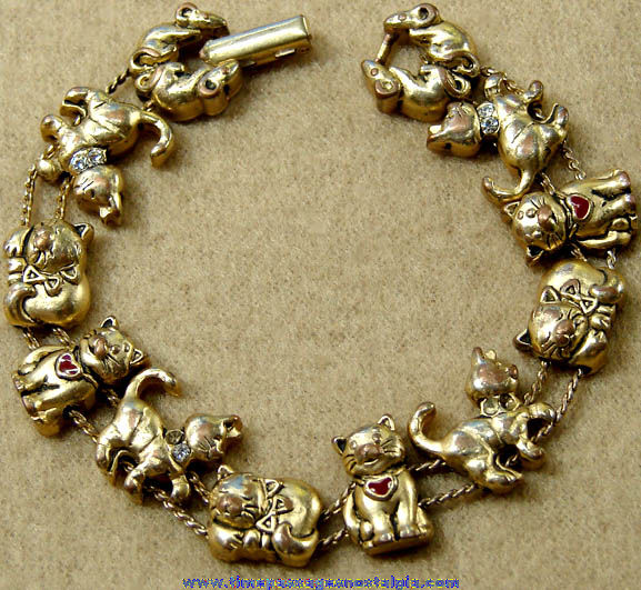 Metal Avon Cat & Mouse Charm Bracelet