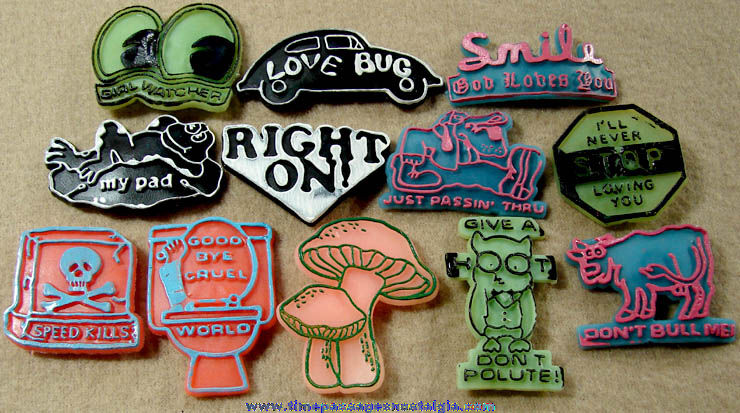 (16) Colorful Old Novelty Rubber Sucker Signs