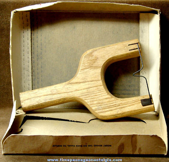 Old Wham-O Sportsman Hunting Slingshot with Advertising Store Display Box