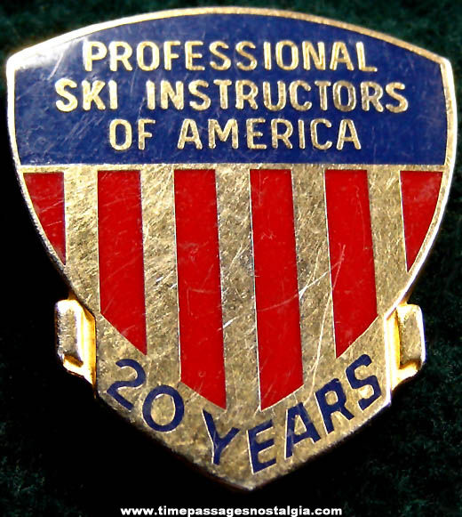 Professional Ski Instructors Of America Enameled 20 Year Gold Badge Pin