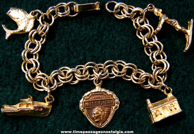 Old Metal Missouri Advertising Souvenir Charm Bracelet