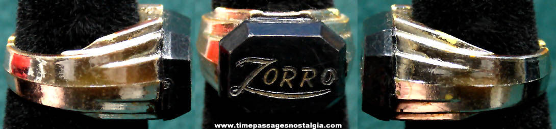 Old Walt Disney Zorro Character Premium Toy Ring