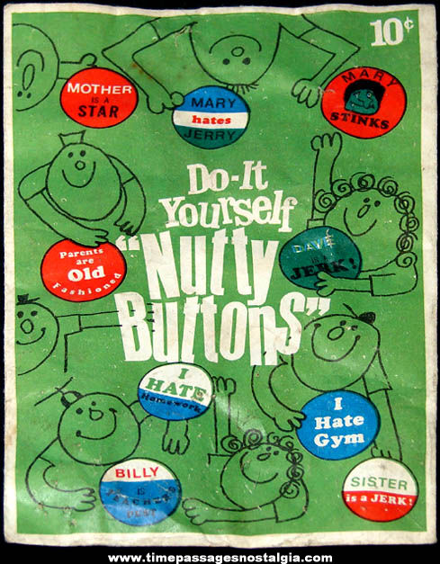Old Unopened Novelty Do It Yourself Nutty Buttons Kit