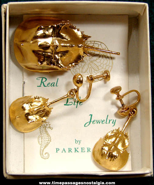 Old Boxed Parker Real Life Jewelry Gold Plated Horseshoe Crab Pin & Earrings Set