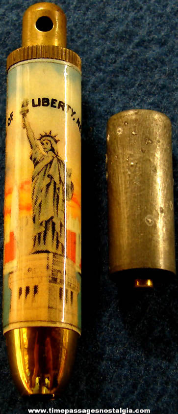 Old Statue of Liberty New York Advertising Souvenir Key Chain Flash Light