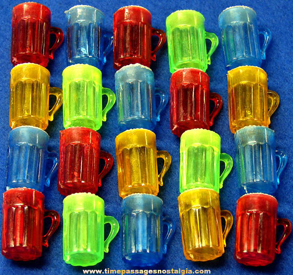 (20) Colorful Old Gum Ball Machine Prize Drink Mug Toy Charms