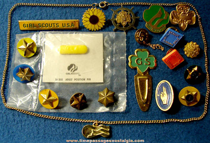 (20) Different Small Girl Scout Related Items
