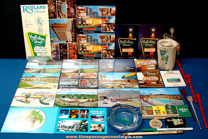 (36) Colorful Old Holiday Inn Hotel Advertising Items