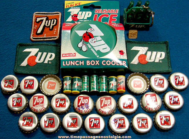 (34) Small Old 7-Up Soda Advertising Items
