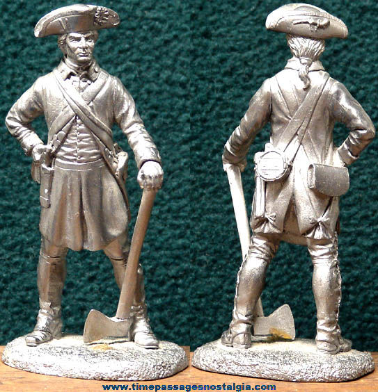 Old Cast Pewter or Lead American Militiaman Soldier Figurine