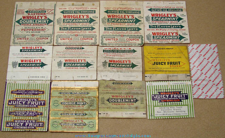 (13) Different Old Wrigley's Chewing Gum Advertising Wrappers