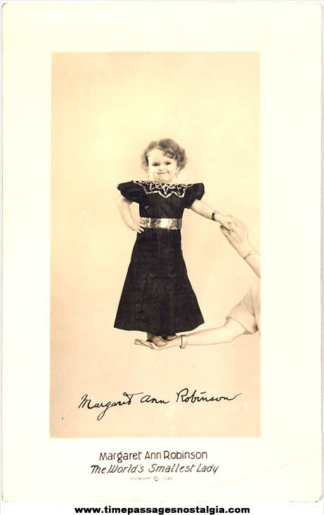©1935 Margaret Ann Robinson World's Smallest Lady Advertising Real Photo Post Card