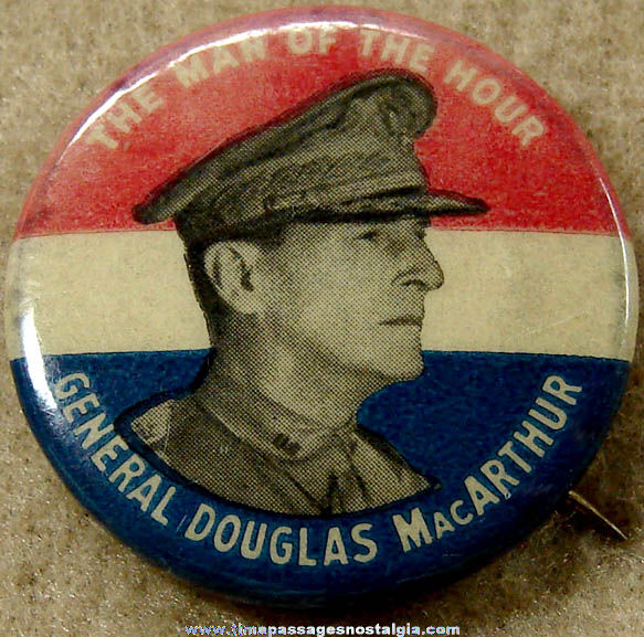 Old General Douglas MacArthur Pin Back Button