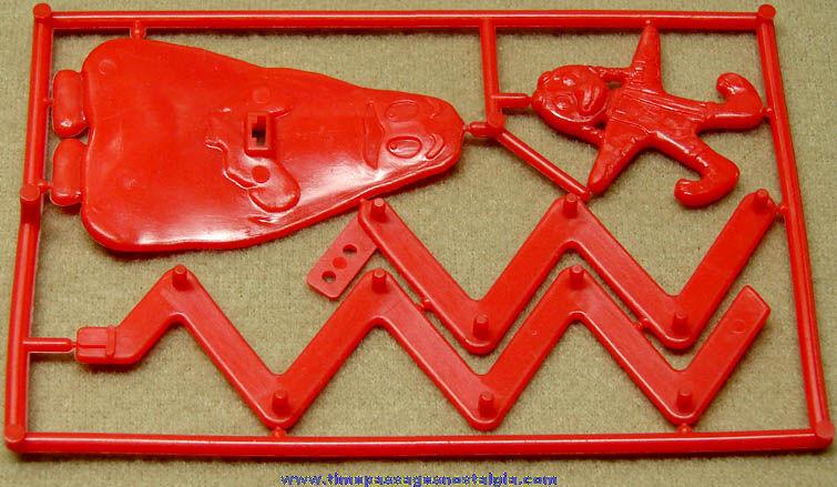 Unused ©1982 McDonald's Restaurant Grimace & Birdie Character Zig Zag Figure Toy Prize