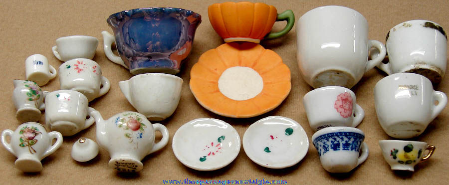 (20) Various Miniature Toy or Doll House Porcelain Tea Set Pieces