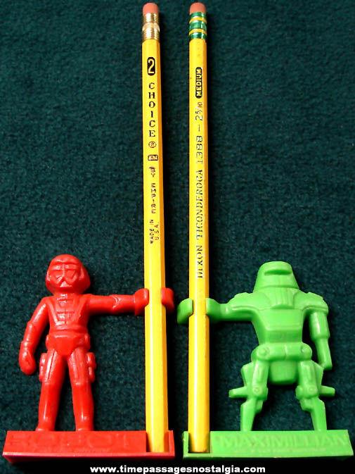 (2) ©1979 Walt Disney Black Hole Movie Robot Nabisco Shreddies Cereal Prize Pencil Holders