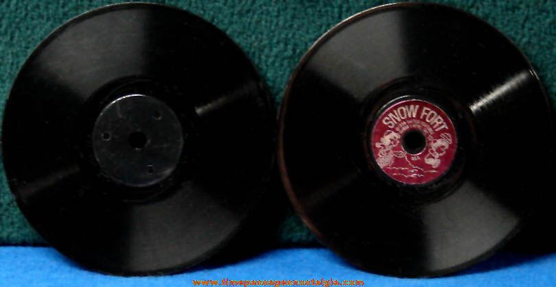 (2) ©1968 Mattel O Phone Charles Schulz Peanuts Character Miniature Records