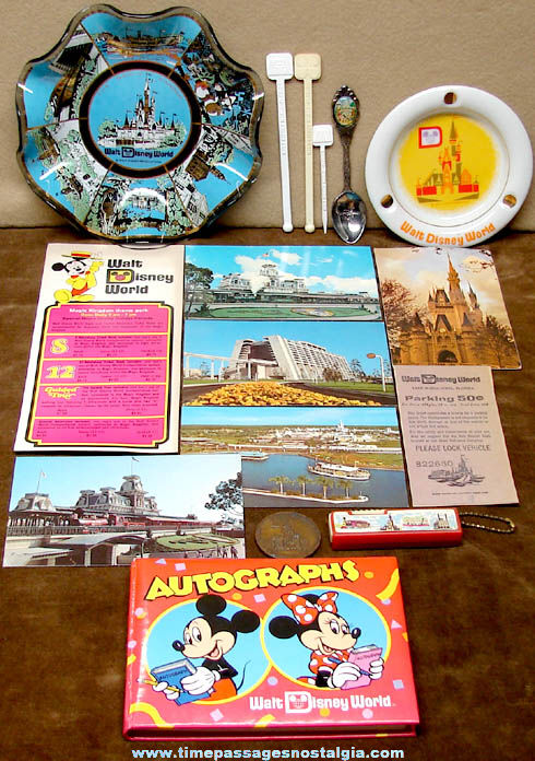 (16) Old Walt Disney World Advertising & Souvenir Items