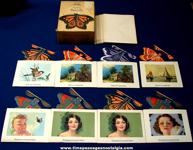 (8) Colorful Old Unused & Boxed Adams Novelty Flying Butterfly Souvenir Cards