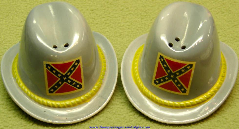 Old Confederate Army Soldier Hat Ceramic or Porcelain Salt & Pepper Shaker Set
