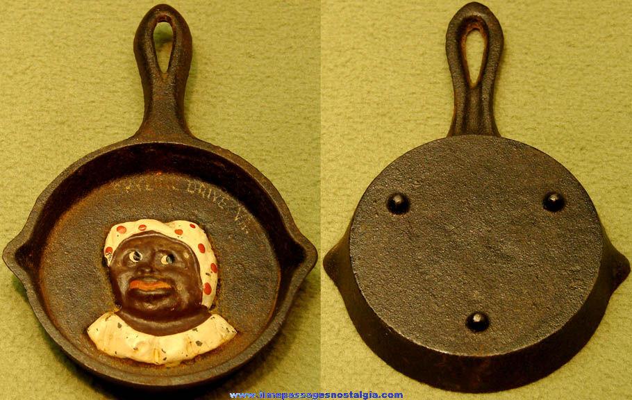 Old Black Mammy Skyline Drive Virginia Advertising Souvenir Miniature Cast Iron Frying Pan