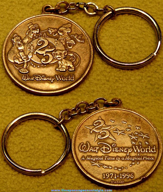 1996 Walt Disney World 25th Anniversary Advertising Souvenir Medal Key Chain