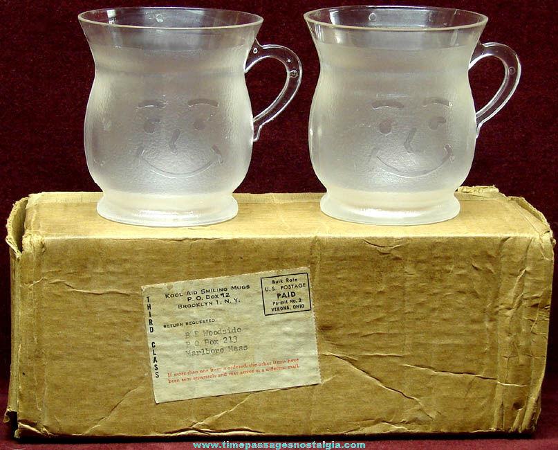 (2) Old Unused Kool-Aid Advertising Premium Hard Plastic Drink Mugs With Mailer Box