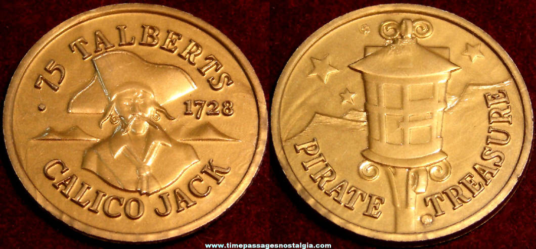 Old Toy Pirate Premium Gold Plastic Treasure Coin
