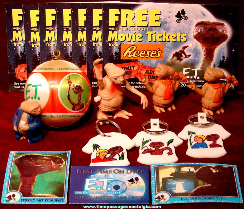 (18) Small E.T. The Extra Terrestrial Space Alien Movie Character Items