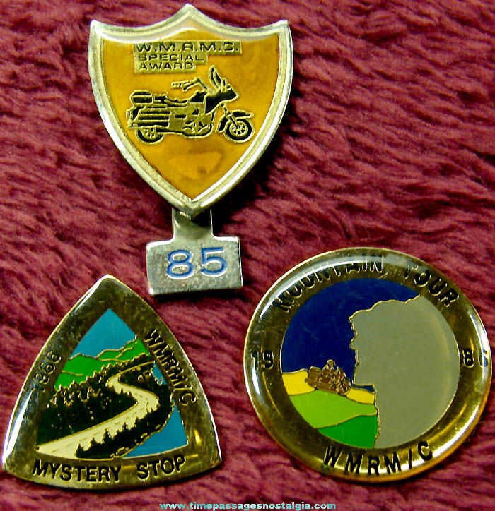 (3) Different 1980s White Mountain Rider's Motorcycle Club Advertising Souvenir Pins