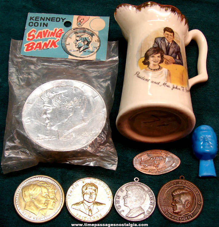 (8) Different Small Old U.S. President John F. Kennedy Related Items