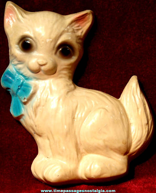 Old Chalkware House Cat or Kitten Wall Hanging Plaque