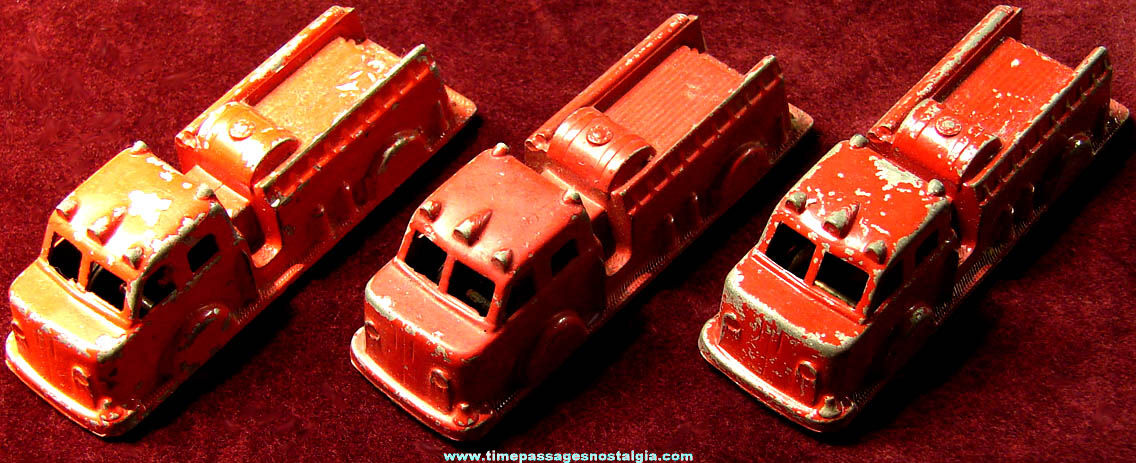 (3) Small Old Matching Painted Metal Midgetoy Toy Fire Truck Vehicles
