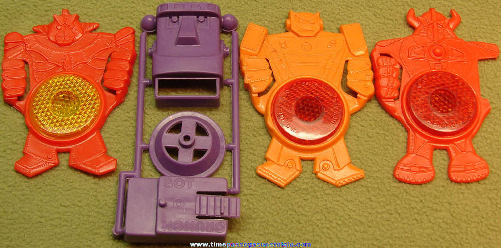 (4) Different 1980s Robot Character Plastic Cereal Prize Toys